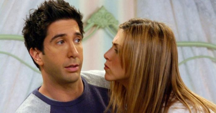 David Schwimmer And Jennifer Aniston: Truth Behind The Rumors!